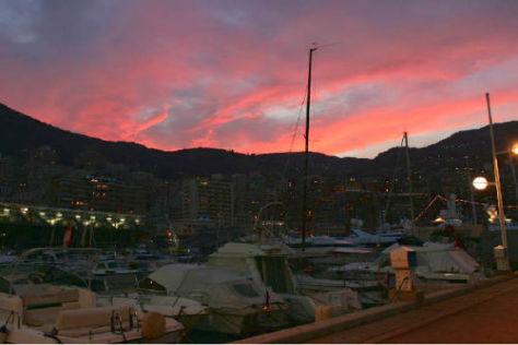 Abendstimmung im Hafen von Monte Carlo an der Côte d'Azur