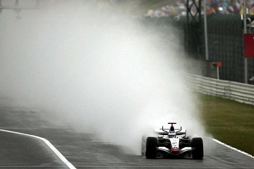 Deprimierende Bilanz: In über 40 Prozent seiner knapp 100 Rennen kam Kimi Räikkönen nicht ins Ziel.