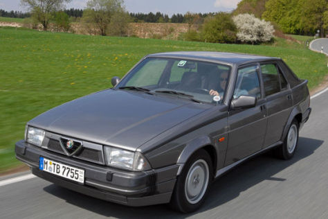 Alfa Romeo 75 Turbo