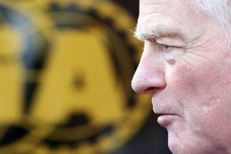 Es steht Spitz auf Knopf: FIA-Präsident Max Mosley hält den Druck konstant hoch