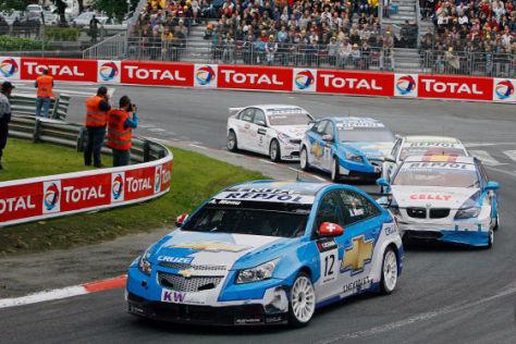 Tourenwagen-Weltmeisterschaft WTCC 2009, Pau (F), Chevrolet Cruce, Alain Menu (CH) Startnummer 12