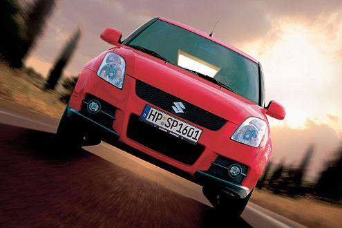 Schräger Kurvenschreck: Mit dem Swift Sport will Suzuki das Kleinwagen-Segment aufmischen.