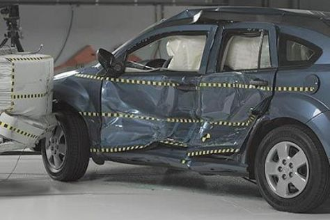 Crashtest Dodge Caliber