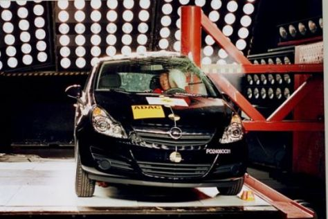 Opel Corsa im Euro NCAP-Crashtest