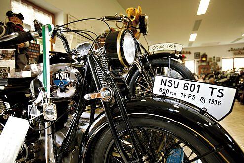 Lebenswerk: In Jandelsbrunn hat das Ehepaar Rosenberger mehr als 100 Motorräder und Roller restauriert.