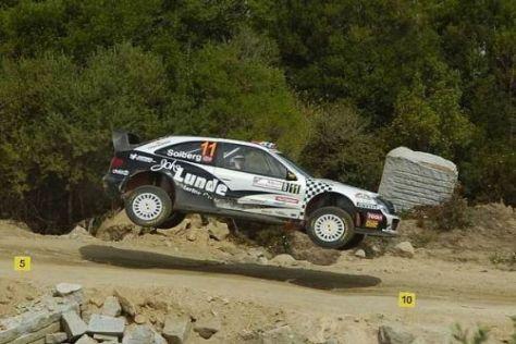 Petter Solberg fiel mit einem ramponierten Auto zurück auf Rang neun