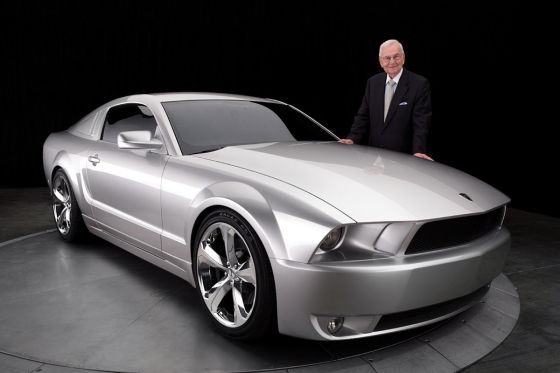 iacocca ford mustang jubil um in silber. Black Bedroom Furniture Sets. Home Design Ideas