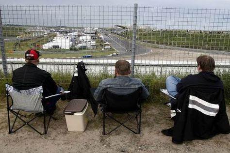Das ist Zandvoort: Tagsüber Motorsport in den Dünen, abends Party am Strand