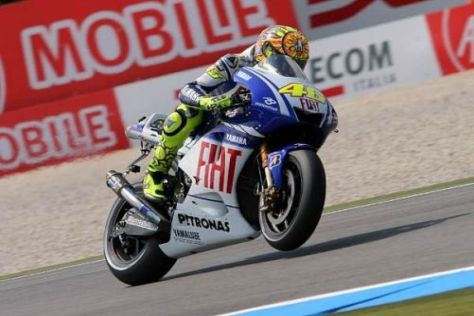 Rossi hatte seinen jungen Teamgefährten erneut im Griff: Im Rennen auch?