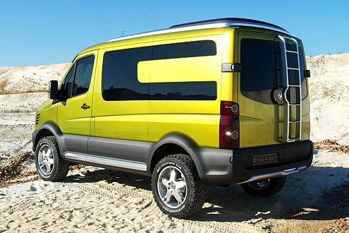 Über-SUV: Der Crafter Atacama erstreckt sich auf 5,24 Meter.