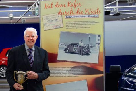 Wolfgang Blumenthal (83) siegte 1955 mit einem Käfer in Ägypten.