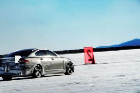Rekordfahrt des Jaguar XFR in Utah/USA.