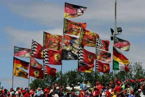 Zu Michael Schumachers Zeiten war die Eifel meist in Ferrari-Rot gefärbt