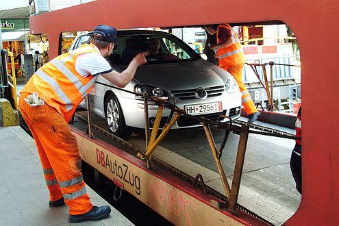 Klar zur Reise: Bei den Angestellten von DB Autozug sind Sie in guten Händen.