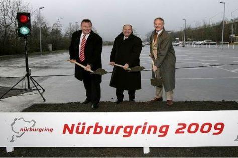 SPD-Finanzminister Ingolf Deubel (Mitte) muss seinen Hut nehmen