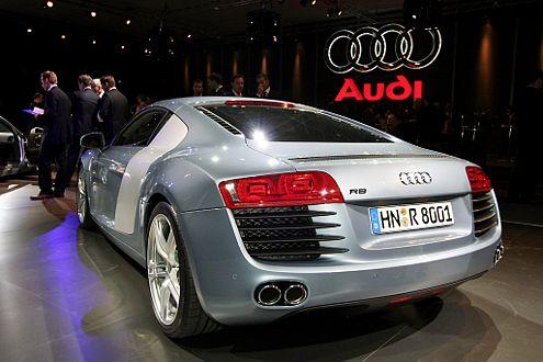 Audi R8: Willkommen im Club der 300-km/h-Renner.