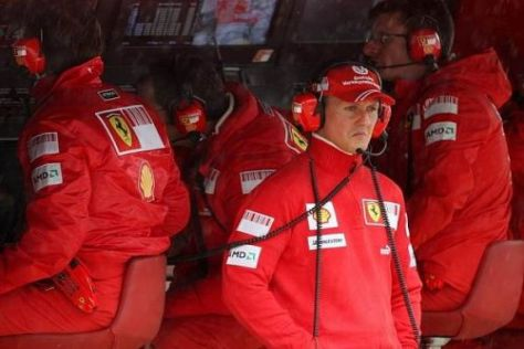 Michael Schumacher stand heute wieder einmal am Kommandostand
