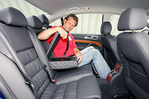 Einem Chefwagen angemessen: Der Skoda bietet die beste Beinfreiheit.