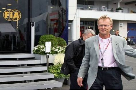 Ari Vatanen am letzten Wochenende im Fahrerlager am Nürburgring