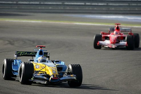 Blau-Gelb ist Trumpf! Vor dem letzten Rennen in Brasilien spricht alles für Weltmeister Fernando Alonso.