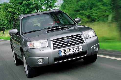 Festhalten! 230 Turbo-PS machen aus dem Forester ein echtes Renn-SUV.