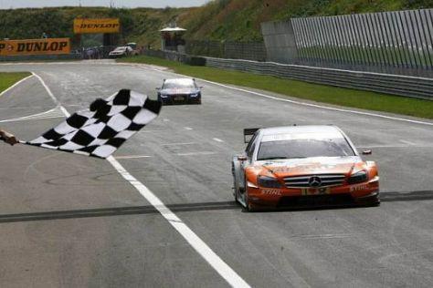Nach Gary Paffetts Sieg in Zandvoort musste Mercedes weiter zuladen