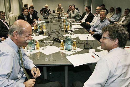 Dieter Zetsche (l.), AUTO BILD-Chefredakteur Bernd Wieland.