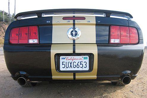 Was für ein Hintern! Sportauspuff und geändertes Einlass-System bringen dem Shelby GT-H 25 PS mehr.