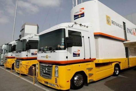 Auch Renault-Trucks warten bereits in Valencia am Circuit Ricardo Tomo