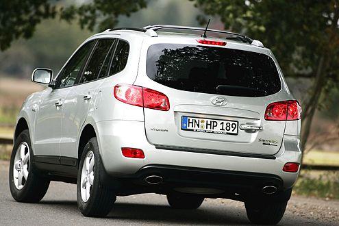 Sanft und sicher: Der Hyundai Santa Fe federt schön weich.