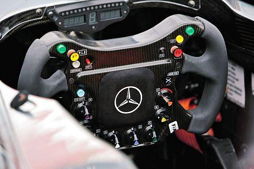 Hier kann sich Alonso künftig austoben. Das neue Lenkrad ist schon in Arbeit.