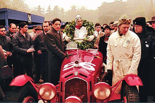 Ferrari als Rennstall-Gründer: Für seinen Erfolg musste il Commendatore manch hohen Preis bezahlen.