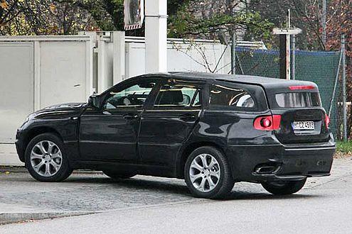 Flach und lang: SUV-Großraum-Coupé X6 von BMW.