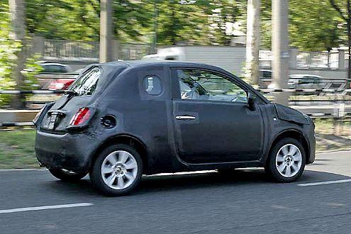 Vom Knutschen gibt's Kugel: hier ein schärferes Bild vom neuen Fiat 500.