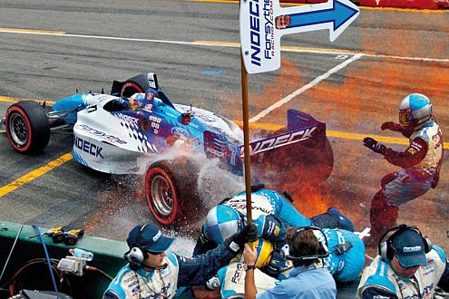 Allmendinger gibt Gas - auch neben der ChampCar-Piste ging's turbulent zu.