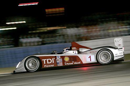 Audis R10 TDi ist der erste Diesel, der in Le Mans siegt.