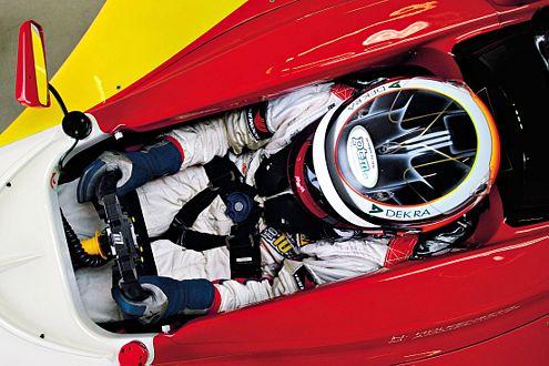 Blick in Nico Hülkenbergs Cockpit. In Indonesien wurde er Zweiter.