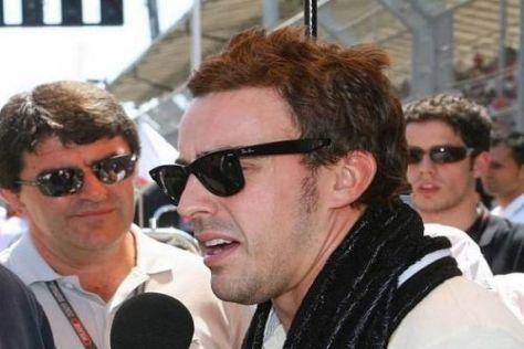Fernando Alonso dementiert Gerüchte, er würde ab Monza für Ferrari fahren