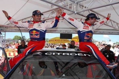 Jubel bei Loeb/Elena: Auf den sechsten Sieg 2009 mussten sie lange warten