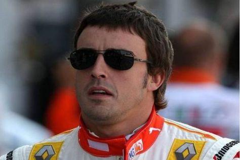 Alonso auf Acht: Der Spanier nimmt das gewohnt cool hin