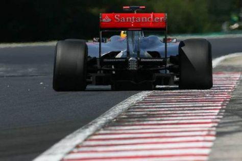Santander wird auch in der neuen Saison auf den Silberpfeilen zu sehen sein