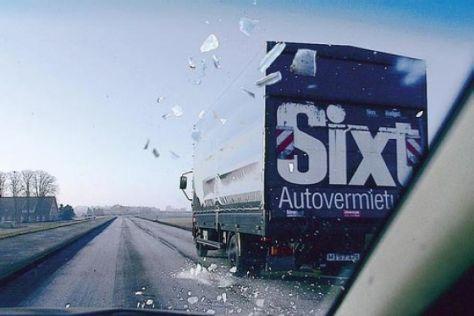Winterliches Lkw-Gefahrgut