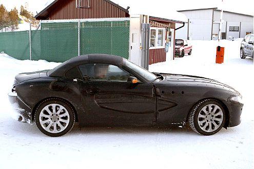 BMW Z4: Na, was steckt da drunter? Ein festes Klappdach?