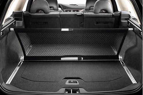 Der Kofferraum schluckt 540 Liter, der verschiebbare Boden kostet extra.