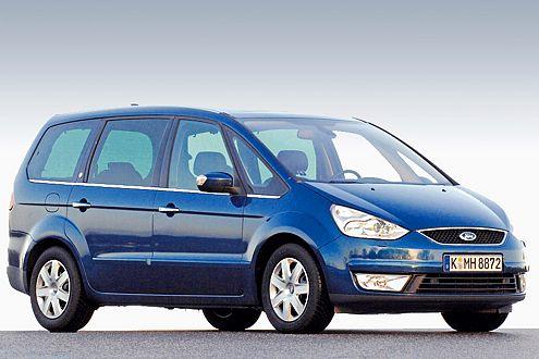 Alltagsmeister ist der Ford Galaxy. Der Raumriese schaffte als Einziger im Test über 500 Punkte.