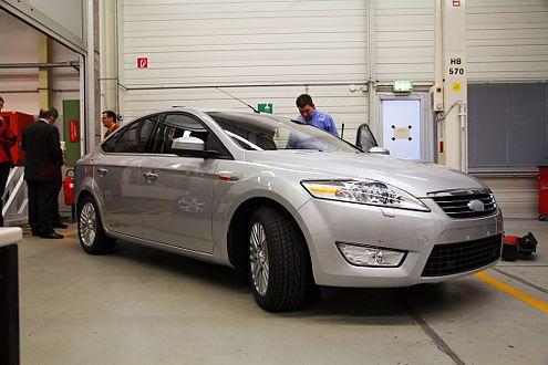 Bereit zum Härtetest: der neue Mondeo Im Ford-Labor in Köln.
