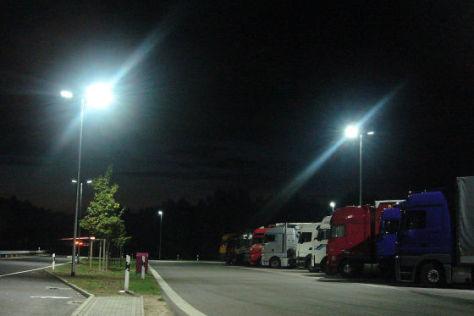 Parkplatz mit LED-Licht