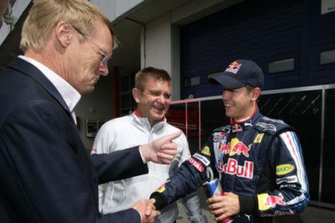 Ari Vatanen (l.) mit Sebastian Vettel