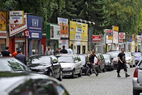 Bunte Buden der Berliner Schilderhändler