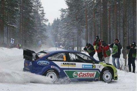 Grönholm übernimmt Führung in der WRC